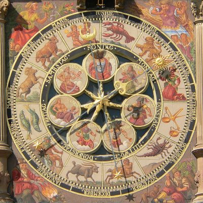 Astronomische Uhr (Detail) am Heilbronner Rathaus - (C) Joachim Köhler, CC BY-SA 3.0